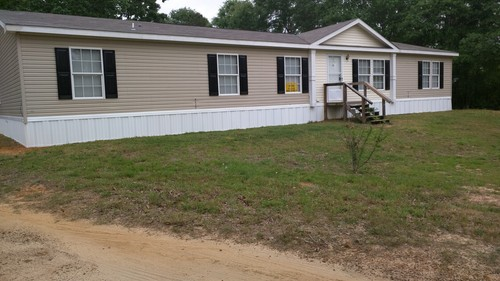 5/3 Sls32724a Doublewide Mobile Home On 0.93 Acres In Woodville, Texas – $69,900