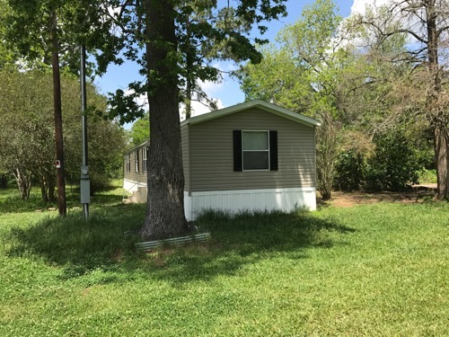 3/2 Weston 16 Singlewide Mobile Home On 3.00 Acres In Hull, Texas – $89,500