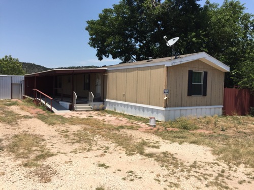3/2 Cheyenne Singlewide Mobile Home On 0.50 Acres In Junction, Texas – $45,000