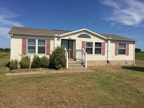3/2 Independe Doublewide Mobile Home On 1.00 Acres In Savoy, Texas – $77,900