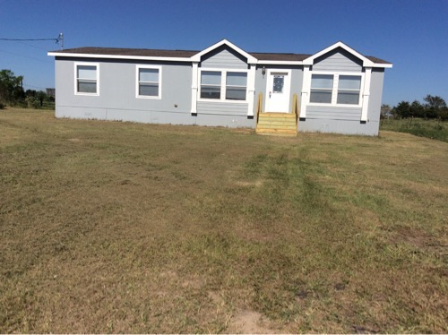 3/2 Karsten Doublewide Mobile Home On 2.00 Acres In Bremond, Texas – $74,500